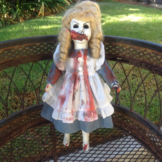 Alice in Wonderland Vampire w Key Creepy Horror Doll by Bastet2329