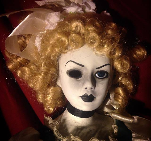 Victorian Lady in Blue w One Eye Creepy Horror Doll by Christie Creepydolls - Click Image to Close