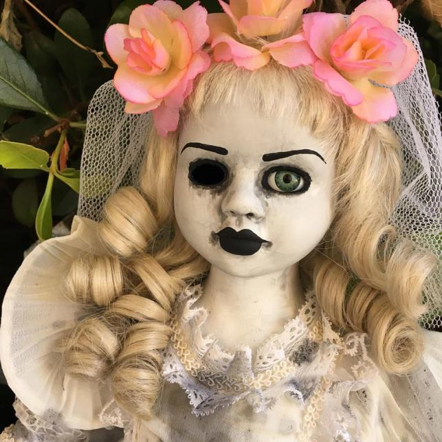 Beautiful One Eye Flower Crown Bride Creepy Horror Doll by Christie Creepydolls - Click Image to Close