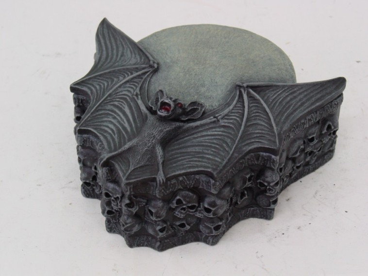 Vampire Moon Skulls Bat Wings Box