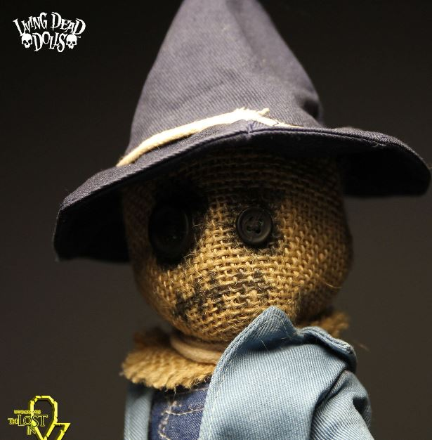 Living Dead Dolls Lost in Oz Wizard of Oz Presents Purdy as The Scarecrow