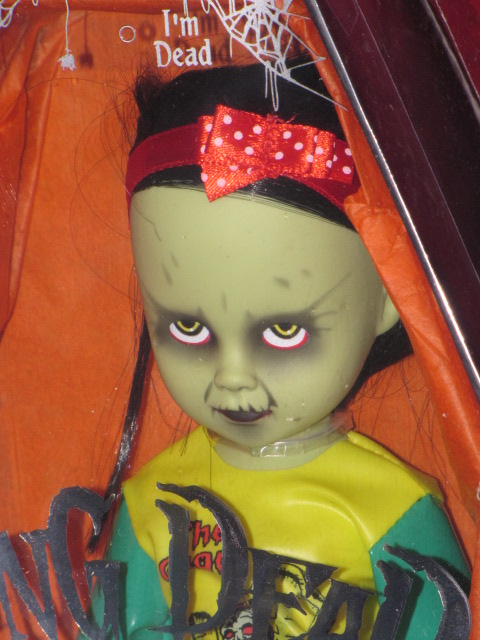 "Living Dead Dolls Series 18 Halloween""Gabriella"""