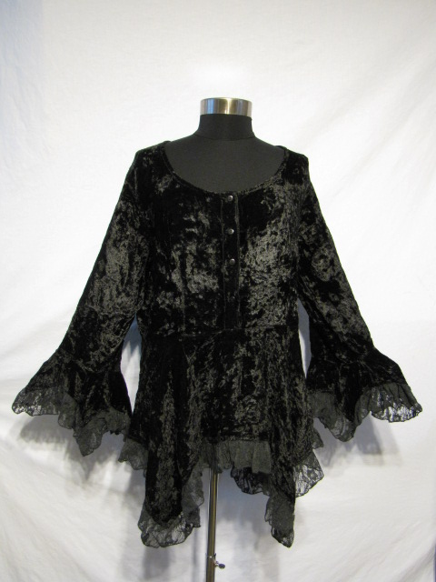 Dark Star Black Gothic Velvet Lace Renaissance Bell Sleeve Top [JD/BL/6070] - $39.99 : Mystic Crypt, the most unique, hard to find items at ghoulishly great prices!