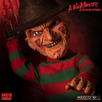 Mezco Designer Series A Nightmare on Elm Street: Mega Scale Talking Freddy Krueger *SLIGHTLY DENTED BOX*