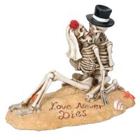 Love Never Dies Beach Lovers Skeleton Figurine Wedding Cake Topper