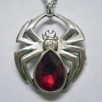 Polished Spider with Red Stone Necklace