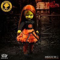 NYCC 2017 Exclusive Mezco Living Dead Dolls Sweet Tooth SLIGHTLY DENTED BOX